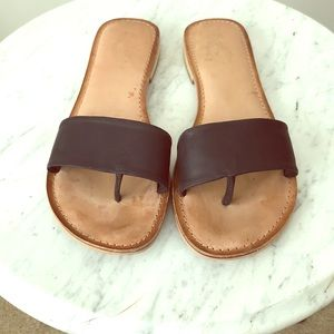 Seychelles Black Leather Thong Slide Sandals